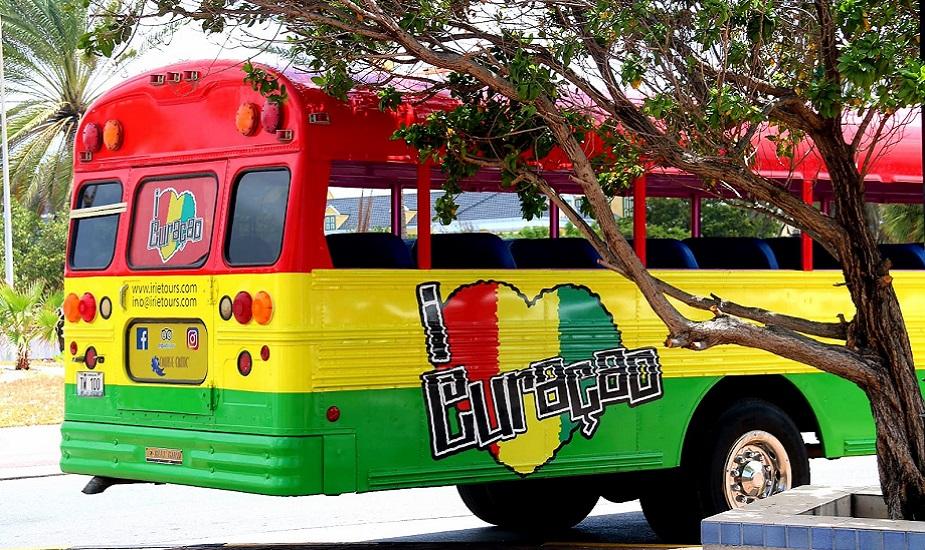Curacao bus